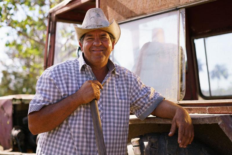campesino-106079101_s