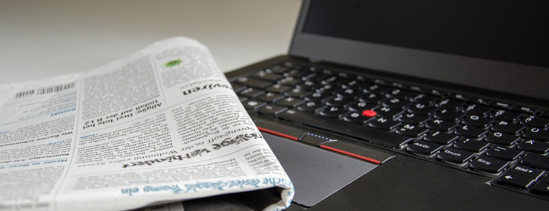 news-computer-desk-206607